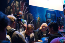 gamescom-2014-developer-signing-5